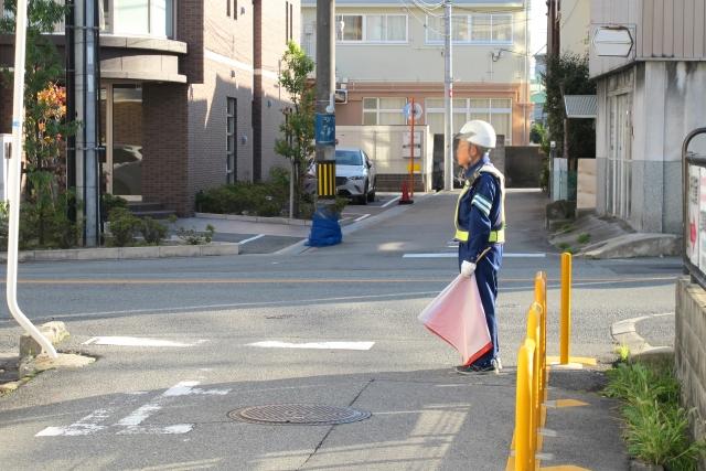 交通整理・工事現場に「ガードマン」が必要?主なお仕事と注意点